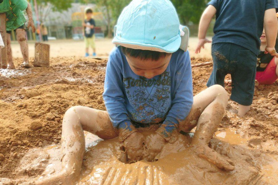 泥を感じる 自然素材 土